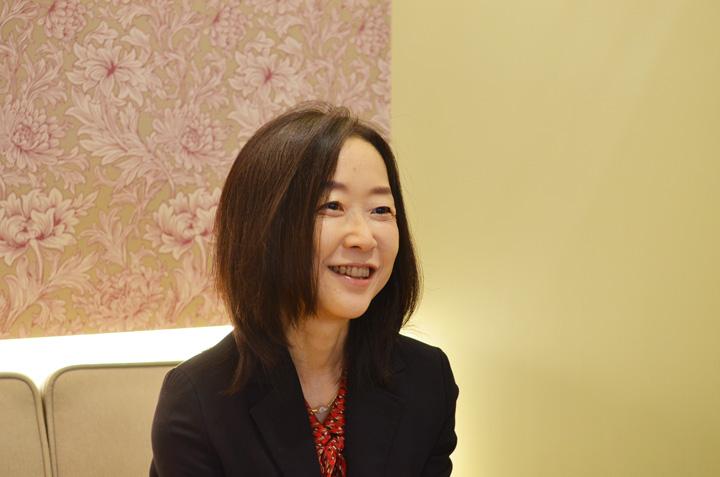 自らを「食のオタク」と語る小倉さん。ヒットを埋めるかどうかに、企業規模の差はないという