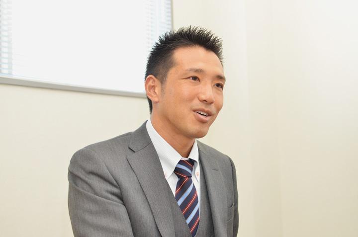 株式会社コムデック代表取締役 樋口雅寿氏。SIerにてシステム開発、ネットワーク構築を経験後、1997年より「株式会社コムデック」に参画