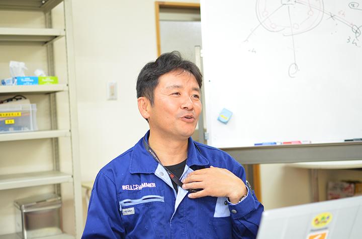 鈴木豊氏。大学卒業後、食品原料商社の営業として活躍。1997年より同社を立て直すために入社し、2007年より代表取締役に就任