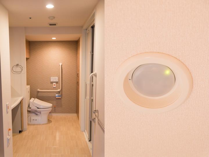 お元気な方向け住宅型もバリアフリー構造(左)。万が一のときの呼び出しブザーや、動きがないと通知される人感センサーなど(右)、高齢者に安心のサービスが整っている